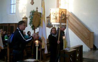 Fußwallfahrt nach Gößweinstein . Start in Kirchschönbacher Kirche