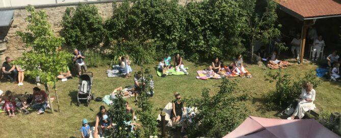 FamGoDi im Pfarrhausgarten